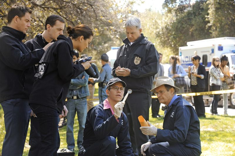 NCIS_The-Missionary-Postion_02