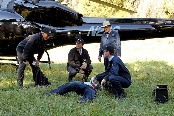 "As the Reynosa cartel's vendetta against Gibbs (Mark Harmon, left) reaches a boiling point, DiNozzo (Michael Weatherly, center left), Ducky (David McCallum, center right), Jimmy Palmer (Brian Dietzen, right) and the team finds themselves becoming targets, on the eighth season premiere of ""NCIS,"" Tuesday, September 21 (8:00-9:00 PM, ET/PT). Photo: Sonja Flemming/CBS"