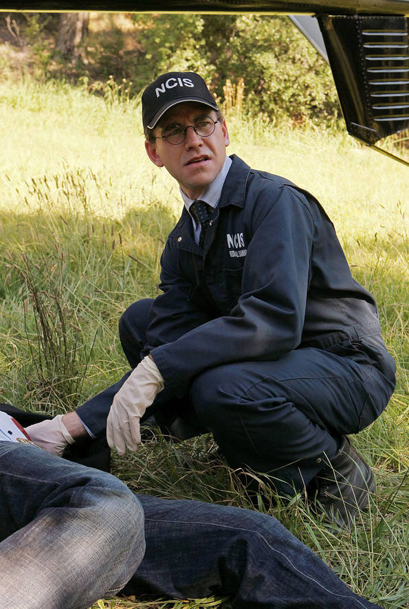 "As the Reynosa cartel's vendetta against Gibbs reaches a boiling point, Jimmy (Brian Dietzen), and the team finds themselves becoming targets, on the eighth season premiere of ""NCIS,"" Tuesday, September 21 (8:00-9:00 PM, ET/PT). Photo: Sonja Flemming/CBS"