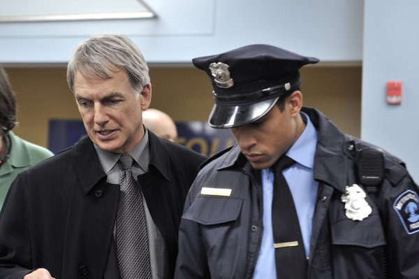 Mark Harmon as Lucas Davenport_8