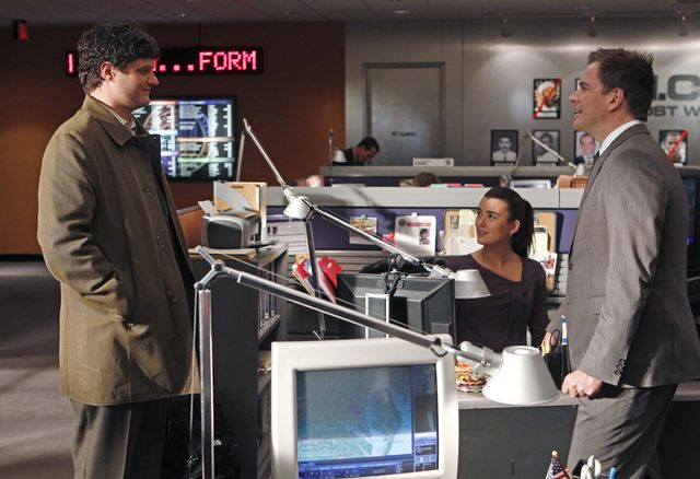 "NCIS — 9x17 ""NEED TO KNOW"" Preview & Photos — 2/28/12"