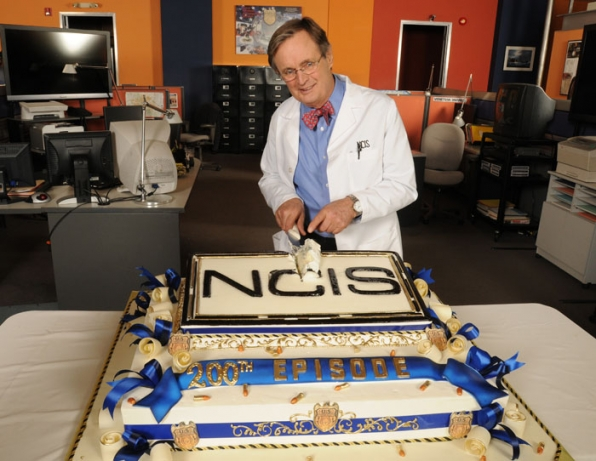 Methodical Dissection — David McCallum dissects the NCIS 200th episode cake.