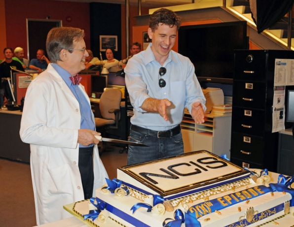 Plan of Attack — David McCallum and Brian Dietzen map out the plan of attack on the NCIS 200th episode cake.