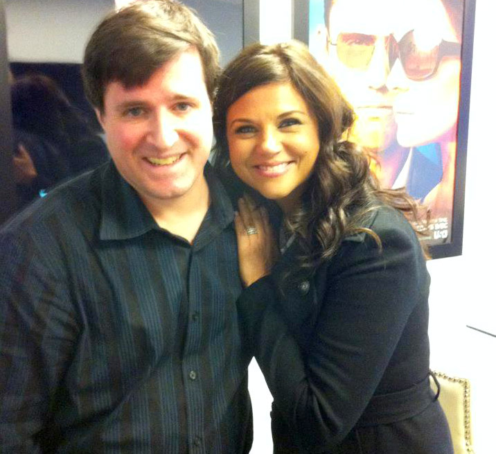 Photo Ted & Tiffani Thiessen from White Collar