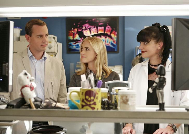 NCIS 12x06 - Parental Guidance Suggested - Preview Videos