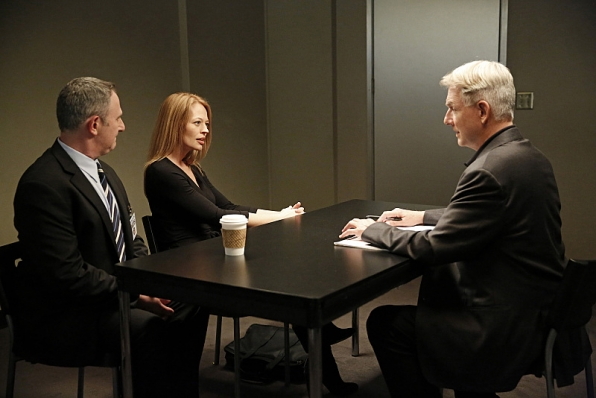 The NCIS team must investigate a series of crime scenes that appear to be copy-cats of previous cases. Also, two of Gibbs' ex-wives, one of which the team has yet to meet, show up at a crime scene to discuss something important with him, on NCIS, Tuesday, Jan. 6 (8:00-9:00 PM, ET/PT), on the CBS Television Network. Jeri Ryan (center) guest stars as Gibbs' second ex-wife. Also pictured: Mark Harmon (right) and Andy Milder (left) Photo: Greg Gayne/CBS ©2014 CBS Broadcasting Inc. All Rights Reserved